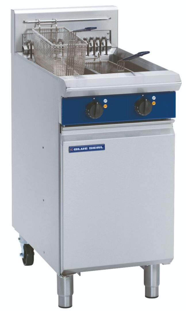 Blue Seal Evolution Series E44 - 450mm Electric Fryer
